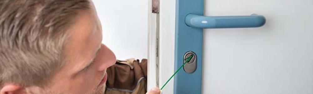 Comment graisser le mécanisme d'une porte