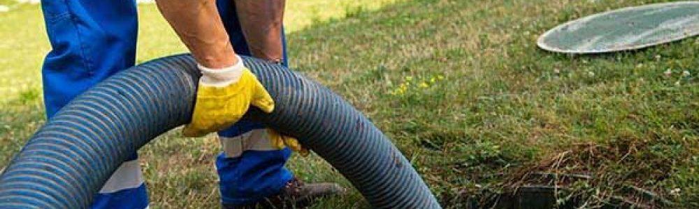 Comment vidanger les boues de la fosse toutes eaux